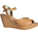 Get Upto 70% off on Ladies Footwear